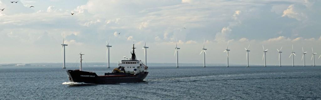 546235_original_R_by_546235_Offshore-Windpark 2_Andrea Damm_pixelio.de