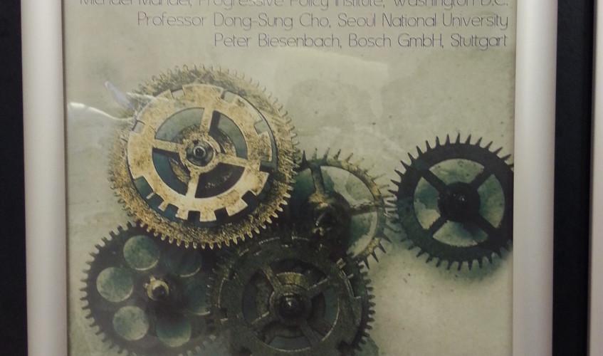 "Plakat für den fünften Industrial Policy Roundtable zum Thema ""Europe's Reindustrialisation: Learning from our Competitors?"""