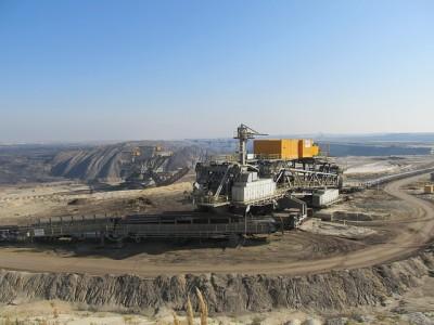 ec34b7072bf61c3e81584d04ee44408be273e4d51db4184590f8_640_coal-mine